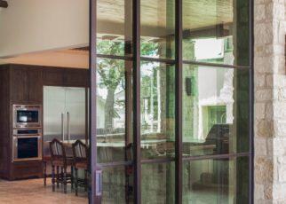 Choosing A Reputable Glass Repair Company